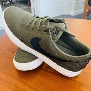 Men's Nike SB Ultralight Shoes Size 11